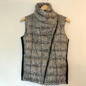 Calvin Klein Asymmetric Zipper Collar Quilted Vest
